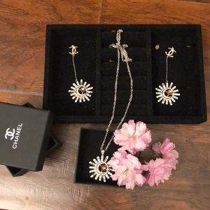Earring and necklace suits